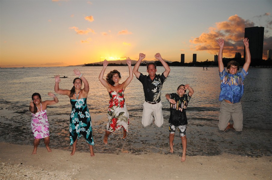 Hawaiian vacation family photos